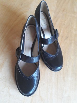 Clarks Mary Jane Pumps black leather