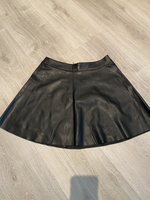 H&M Jupe en cuir synthétique noir