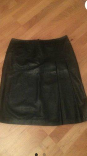 Escada Sport Falda de cuero negro
