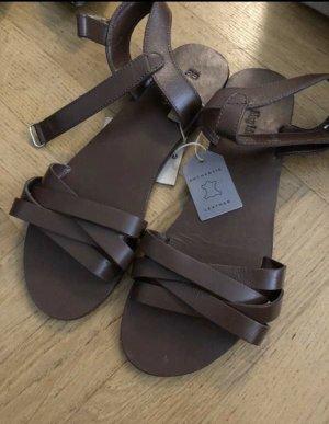 Leder Sandalen (verkauft)