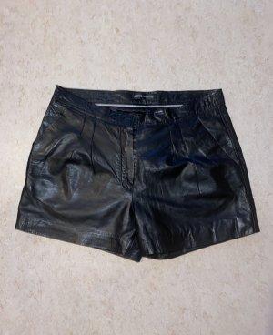 Arma Collection Short moulant noir cuir
