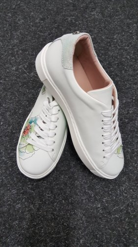 Marc Cain Lace-Up Sneaker white