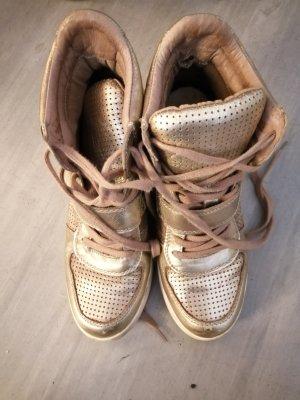 Leder Sneaker mit Keilabsatz