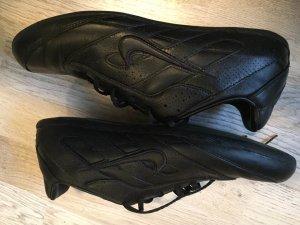 Leder Sneaker Nike Gr. 40