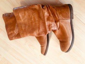 Botas de pantorrilla ancha marrón