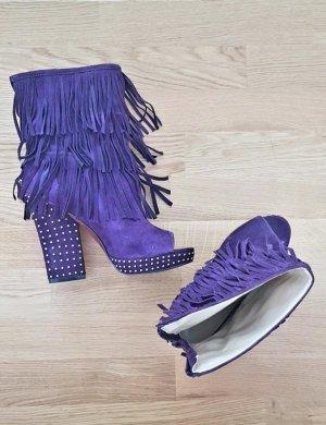 Buty z krótką cholewą z odsłoniętym palcem