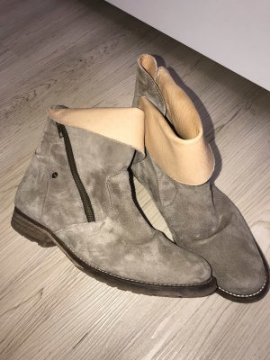Made in Italy Booties grey leather