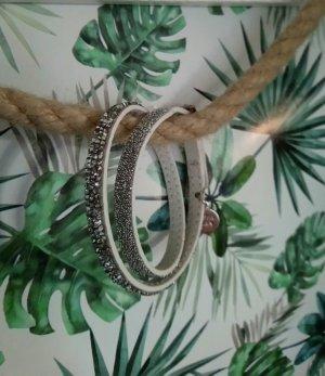 Lederarmband mit Swarovski ®️ Kristallen weiß