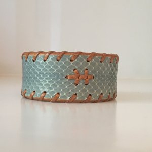 Bracelet en cuir bleu azur-brun