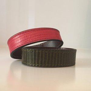 Bracelet en cuir rouge framboise-kaki