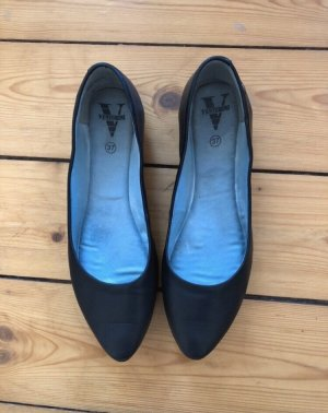 Venturini Ballerinas with Toecap black leather