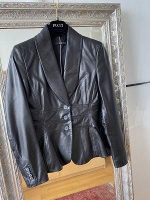 Hugo Boss Blazer de cuero negro