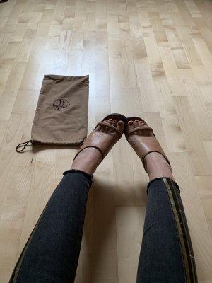 Lederclogs mit Holzsohle von Hermès