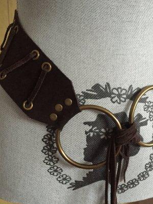 Cintura di pelle marrone scuro