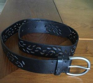 s.Oliver Cinturón de cuero negro Cuero