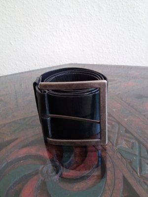 Ceinture en cuir noir-argenté
