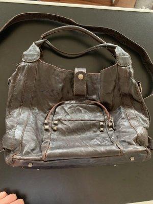 Lederhandtasche von VicMatie im Antik-KnitterLook / dunkelbraun