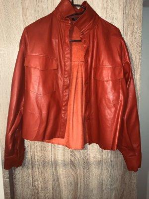 Lederhemd in Rot