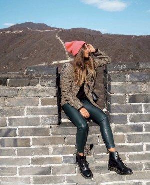 Zara Pantalón de cuero verde oscuro-verde bosque