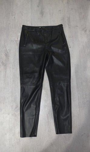Zara Pantalón de cuero negro