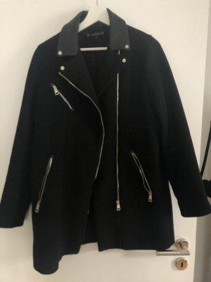 Zara Trafaluc Abrigo de cuero negro