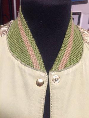 Blusón verde pálido Cuero