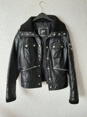 Lederjacke in schwarz
