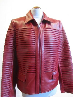 LEDERJACKE: warmes Rot, tolles Design, Gr. 40, NEU