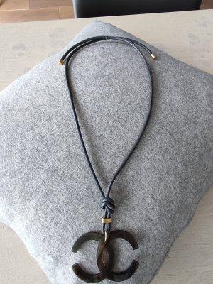Collier beige-grigio scuro Pelle