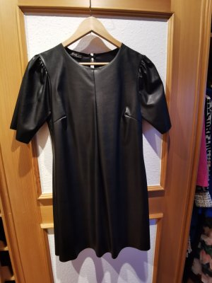 Skórzana sukienka czarny