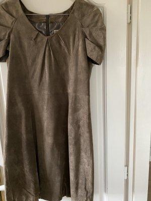 Reken Maar Vestido de cuero taupe-gris verdoso Cuero
