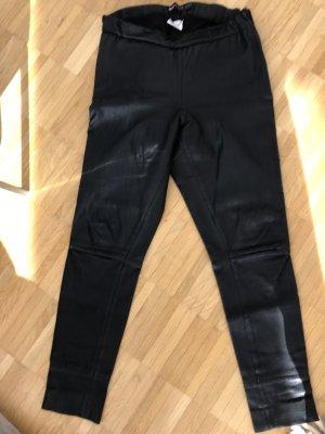 ARMA Pantalon en cuir noir