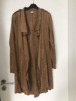 Object Manteau en simili brun-cognac
