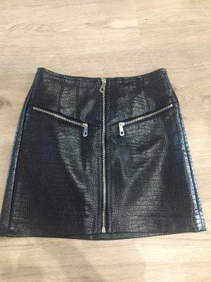 Bershka Falda de cuero de imitación negro