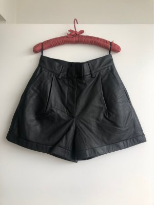 REMAIN Birger Christensen Hot Pants black leather