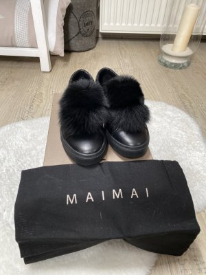 Ledersneaker von Maimai im Stoffbeutel