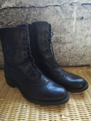 5th Avenue Short Boots black