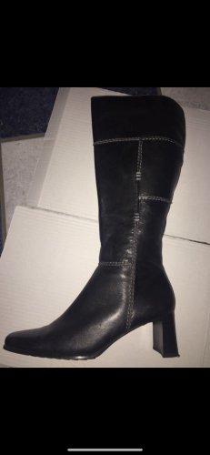 Buty na obcasie czarny