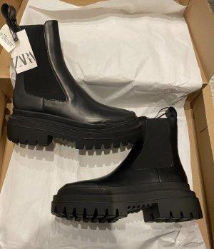 Zara Platform Boots black