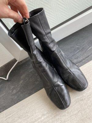 Zara Buty na obcasie czarny