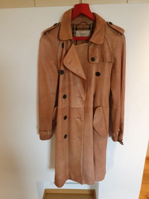 Ledertrenchcoat