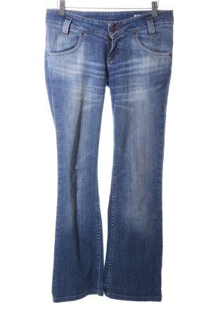 Lee Vaquero de corte bota azul-blanco look casual