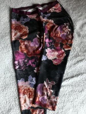 Leggins in floral design