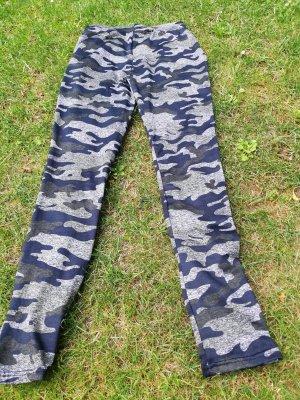 Leggins oder Sport-Tight in Camouflage