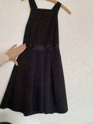 Leicht ausgestelltes Abendkleid Faltenrock Glitzerrückenfrwi überkreuzt
