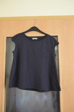 leicht ausgestelltes T-Shirt