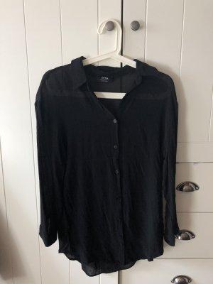 leicht durchsichtiges schwarzes Hemd