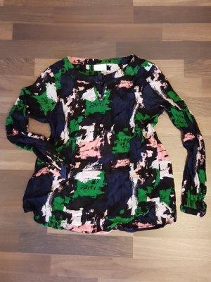 Leichte Bluse in schwarz, dunkelblau, grün, pink mit süßem V-Ausschnitt. Marke: Kaffee