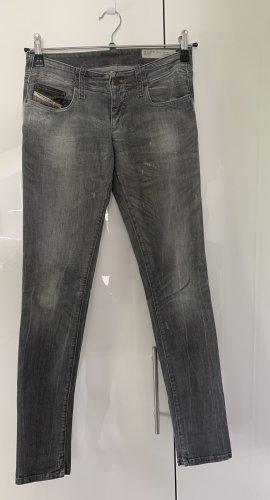Leichte Diesel Jeans leicht geripped