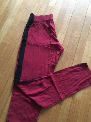 leichte, dünne rote High-Waist Hose